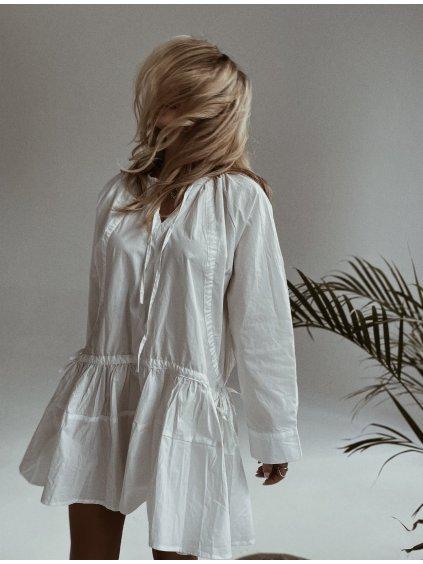 bílé šaty doll