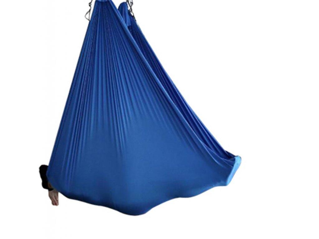 sala na letaci jogu modra