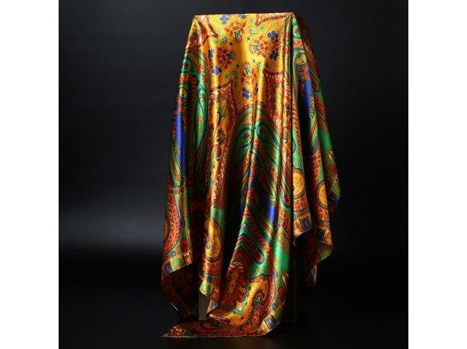 Dámský šátek se vzory