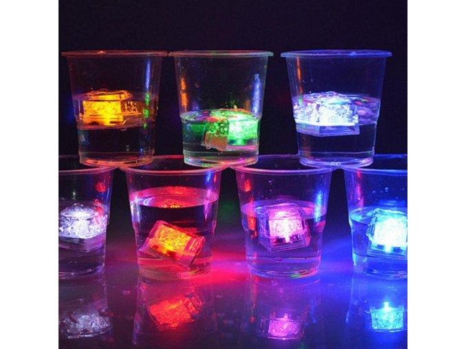 LED svítící kostky ledu
