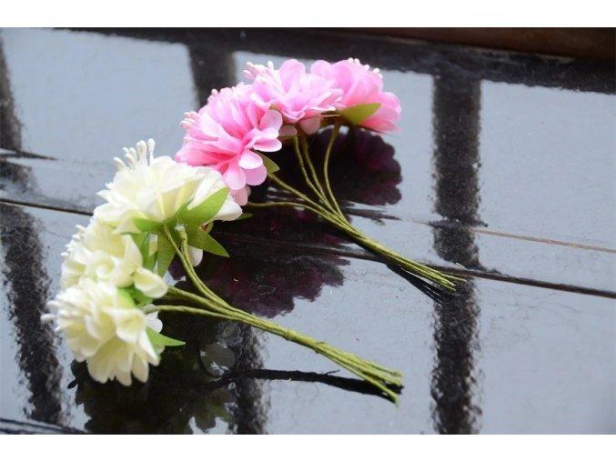 Svatební dekorace - květiny
