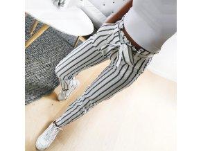 Dámské kalhoty s proužky