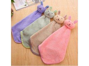 Dětský ručník na ruce s králíčkem