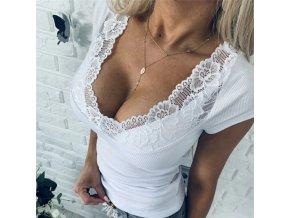 Dámské triko s hlubokým krajkovým výstřihem