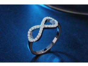Dámský prsten s magickým symbolem nekonečna