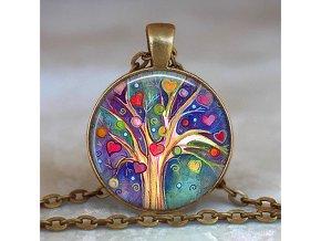 Dámská náhrdelník s přívěškem s motivem stromu života
