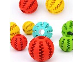 Hračky pro psy - míček na granulky