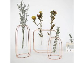 Dekorace do bytu - minimalistická váza