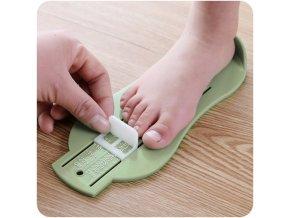 Měřidlo na velikost dětských nohou