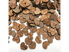 Dřevěné dekorace - srdíčka