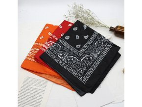 Dámský šátek s ornamenty - různé barvy BADNA