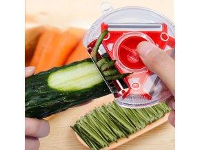 Multifunkční škrabka na zeleninu