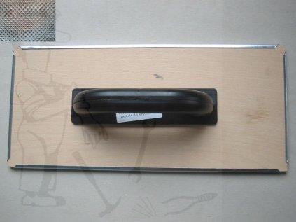 Hladítko brus.s děr.plechem na dřevě 400x180