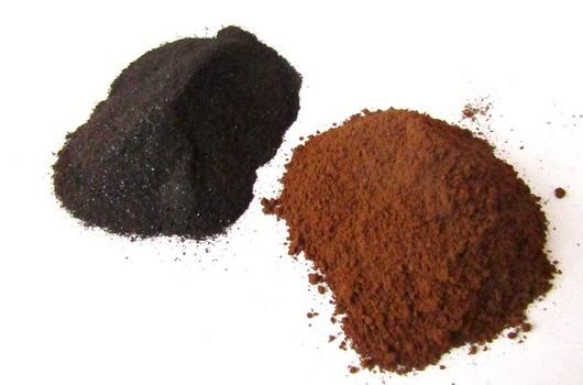 Rozdíl mezi rozemletou chagou a práškovým extraktem poznáte na první pohled