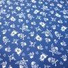 bavlněná látka modré lebky