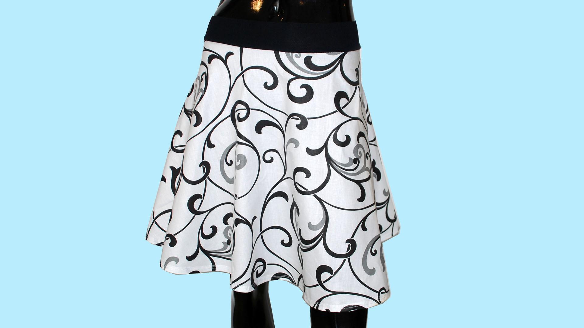 Jak nastříhat na půlkolovou sukni