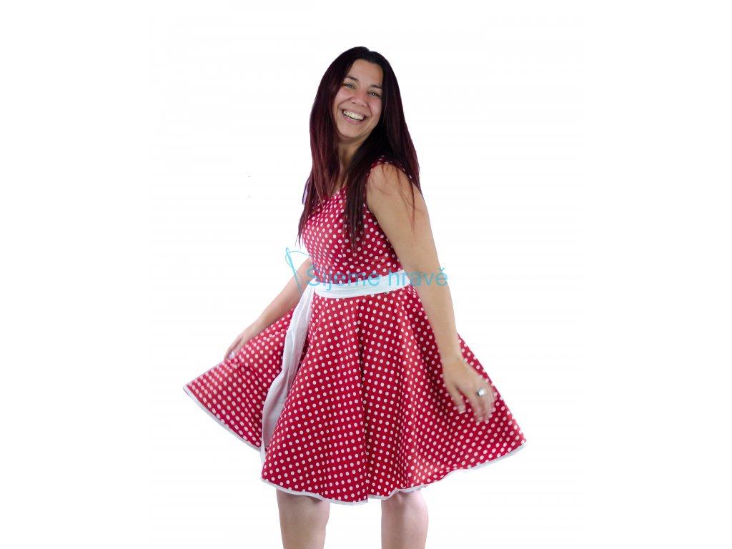 Princesové šaty s kolovou sukní střih na šiti