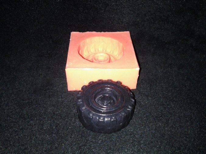 Silikonová formička pneumatika menší 3020