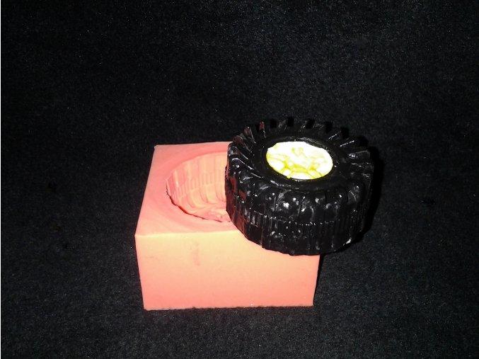 Silikonová formička pneumatika s ostřejším vzorkem 3033
