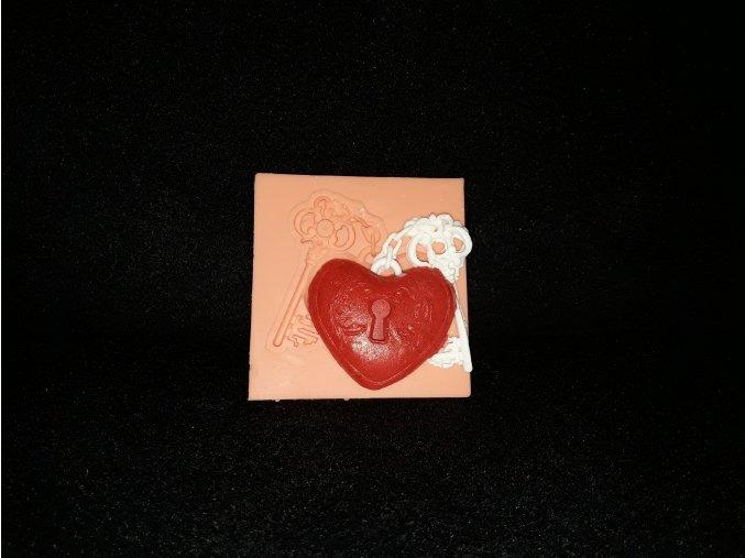 Silikonová formička srdce s klíčkem 5198