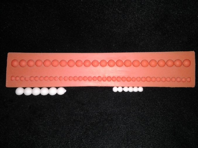 Silikonová formička perly 1013