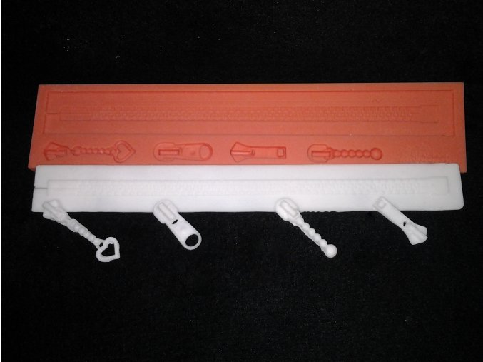 Silikonová formička zip s jezdci 1023