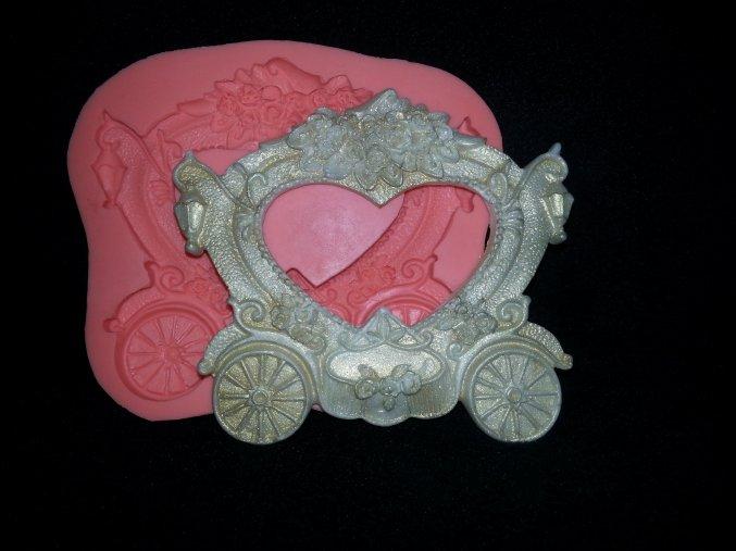 Silikonová formička svatební kočár 5083