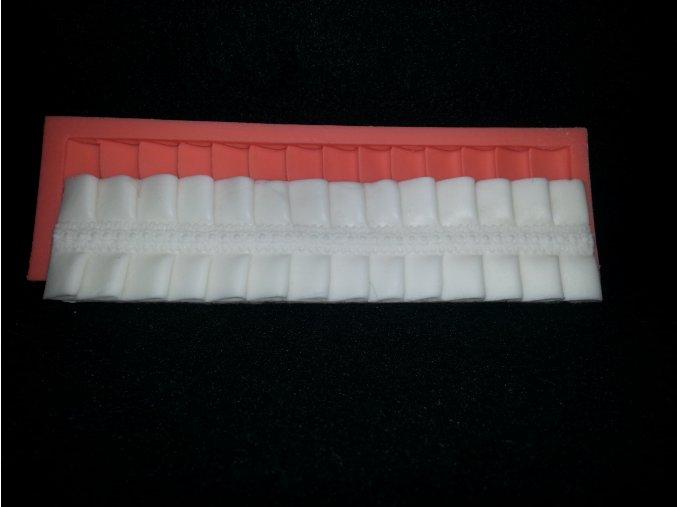Silikonová formička bordura skládaná 1036