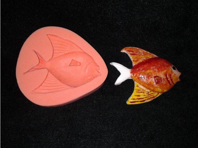 Silikonová formička plochá rybička 2038