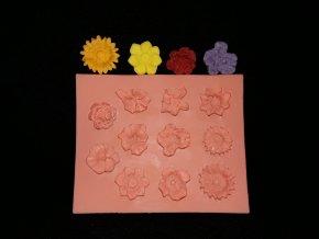 Silikonová formička kytičky drobné 4077