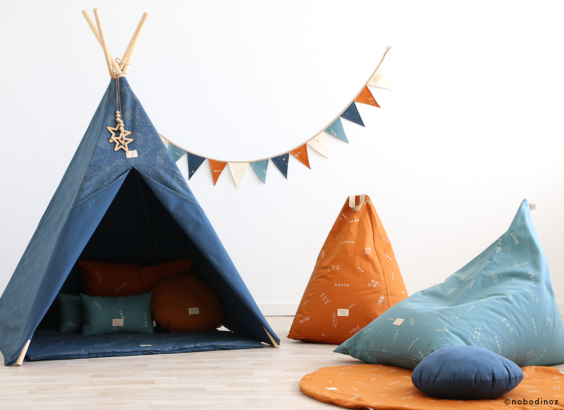 night-blue-sunset-magic-green-teepee-beanbag-mood-nobodinoz