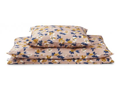 Carmen bedding flower bomb