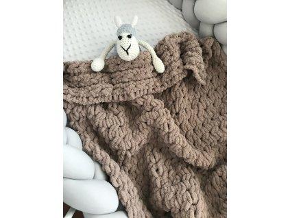Ručně pletená puff deka hnědá