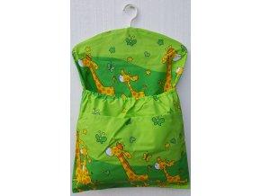 Dětský kapsář s ramínkem - žirafa zelená