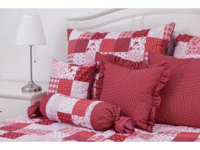 patchwork červený