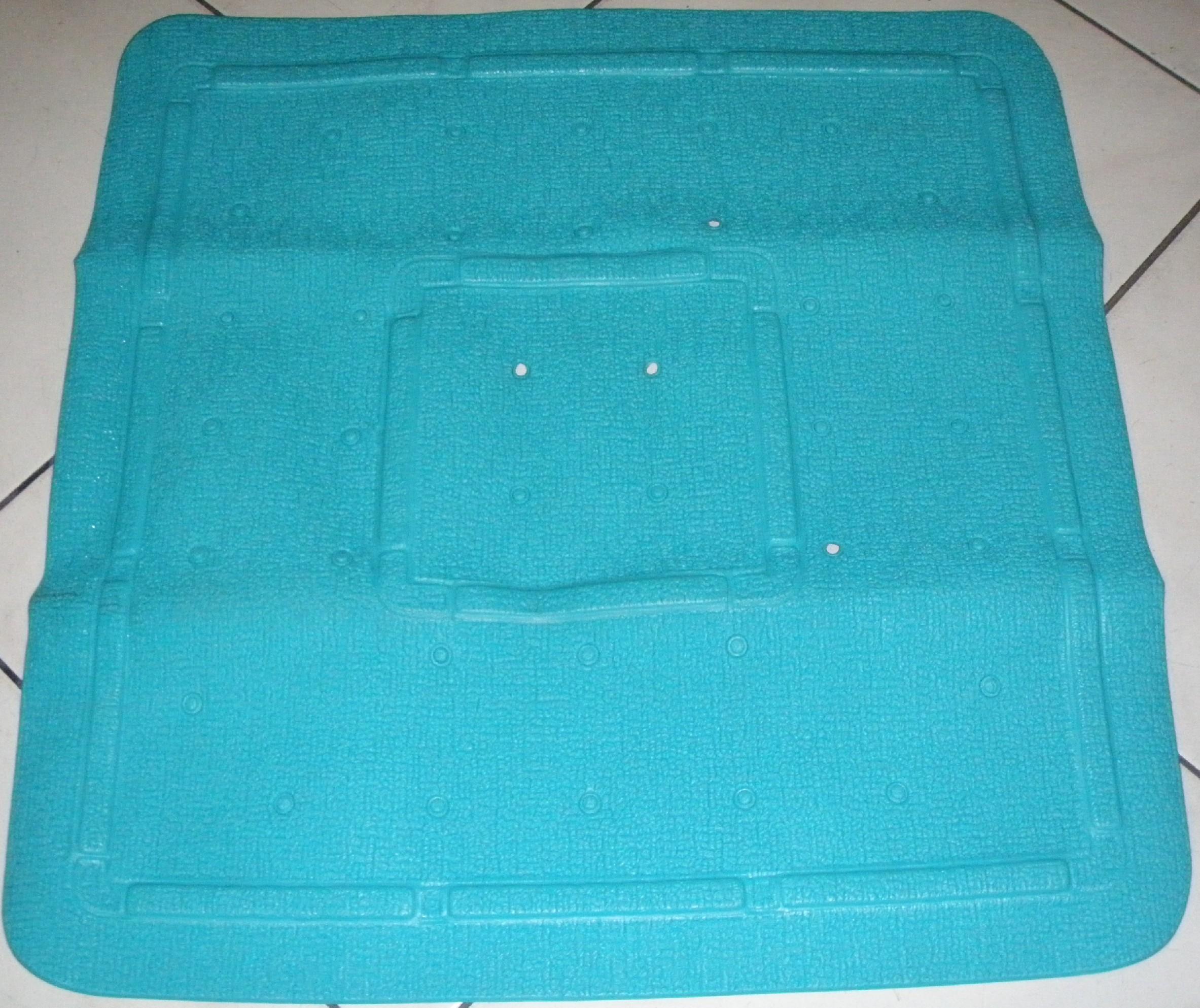 GRUND Protiskluzová podložka BAVENO 54x54 cm barva: Zelená