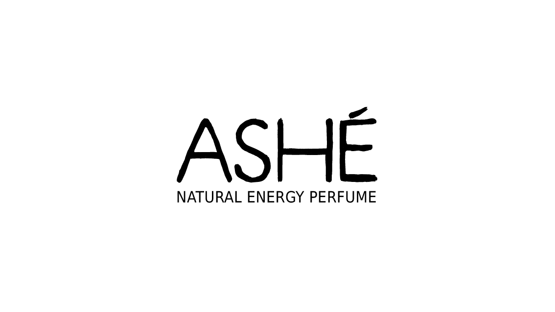 ASHÉ_Logo_mit_Schrift_Amazon