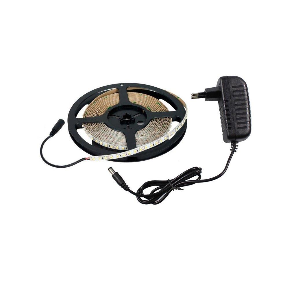 Vodovzdorné LED 5050 osvětlení, teplá bílá - 5m + adaptér