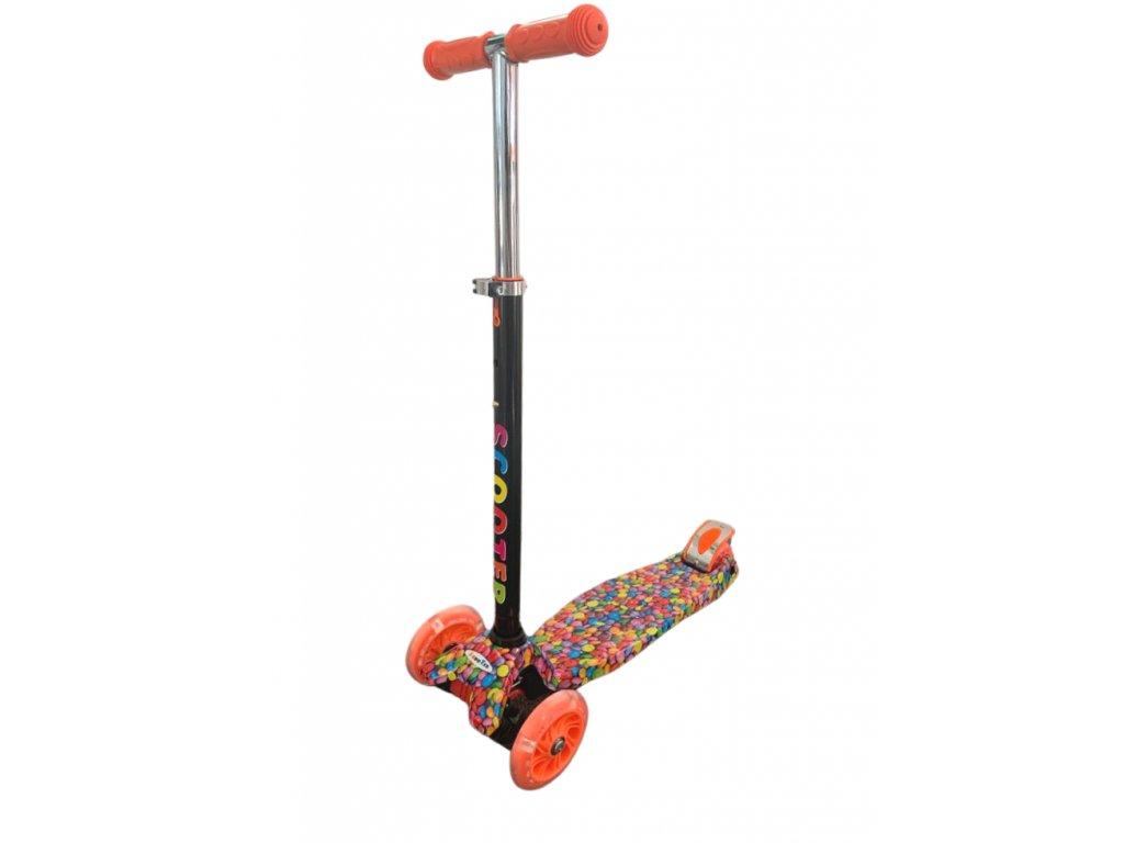 32482 6 kolobezka trikolova maxi scooter se sviticimi kolecky bonbon