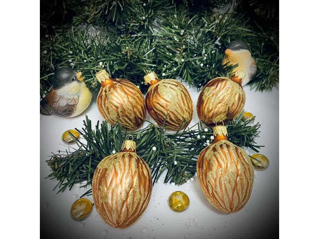 Skleněná ozdoba, vlašský ořech zdobený posypem (Balení 5 ks, Barva hnědá, Velikost 5,5 cm)