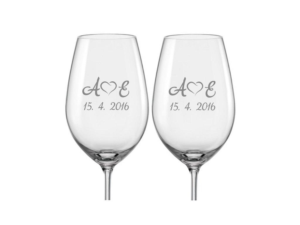 Svatební skleničky na víno Monogram se srdíčkem, 2ks