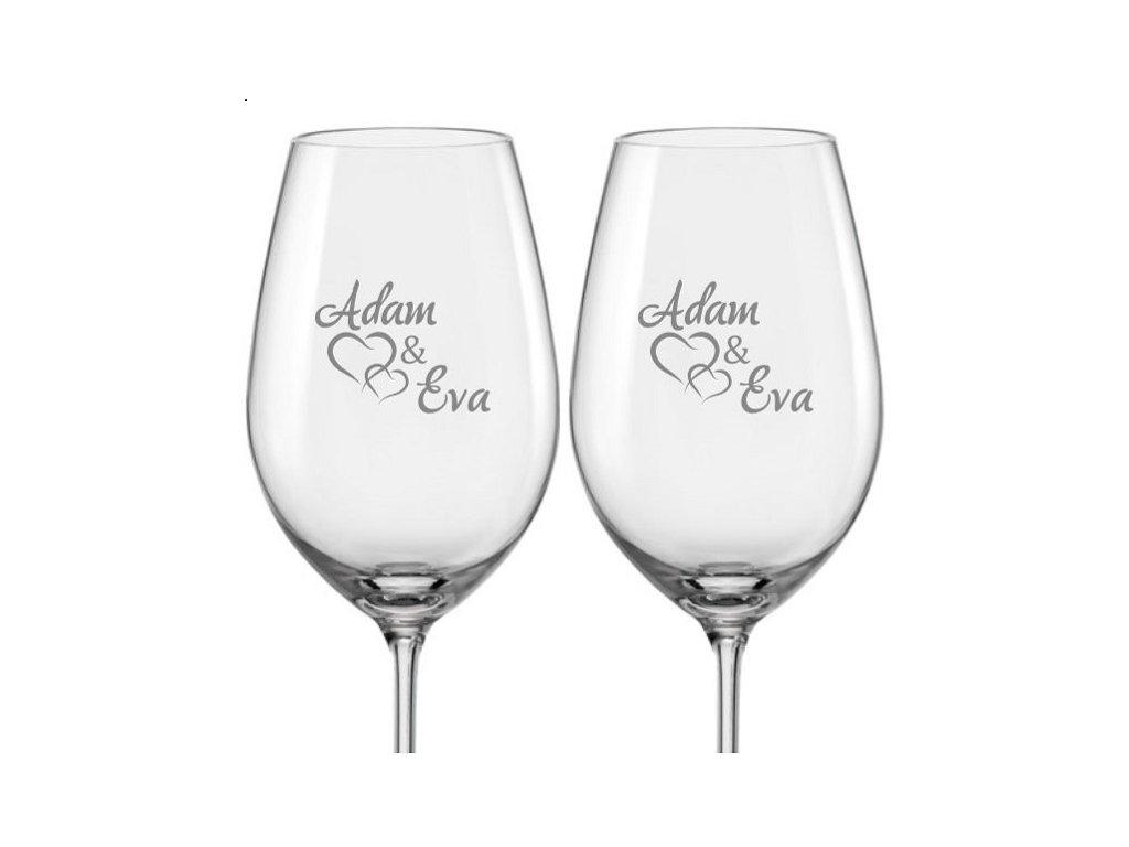 Svatební skleničky na víno Spojená srdce s datem svatby na dýnku, 2ks