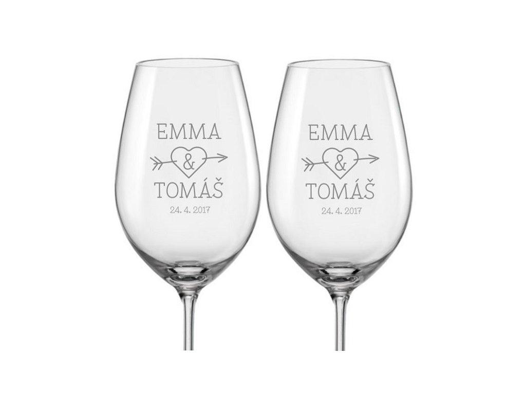 Svatební skleničky na víno se jmény Propíchnuté srdce, 2ks