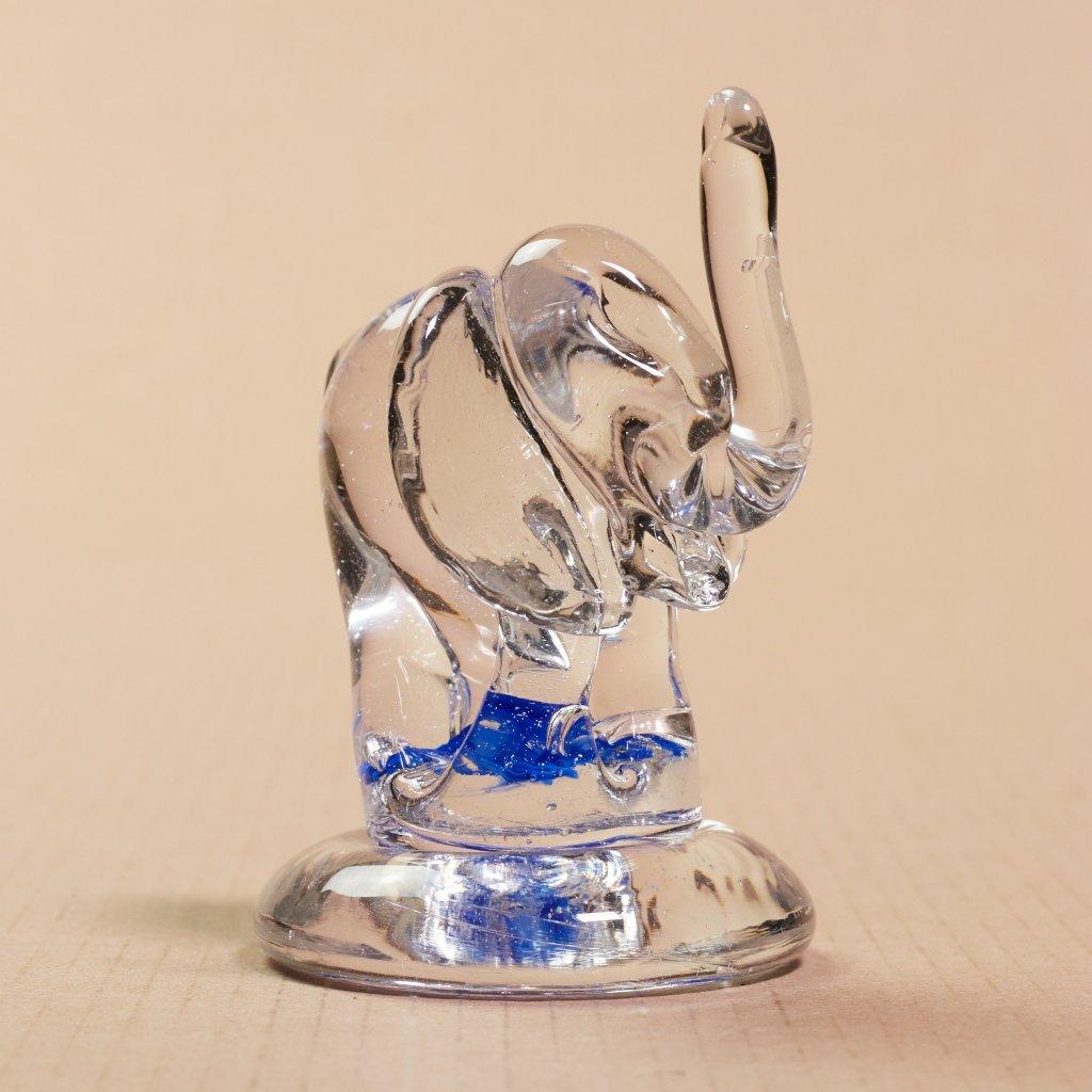 Sklený slon - sklený sen
