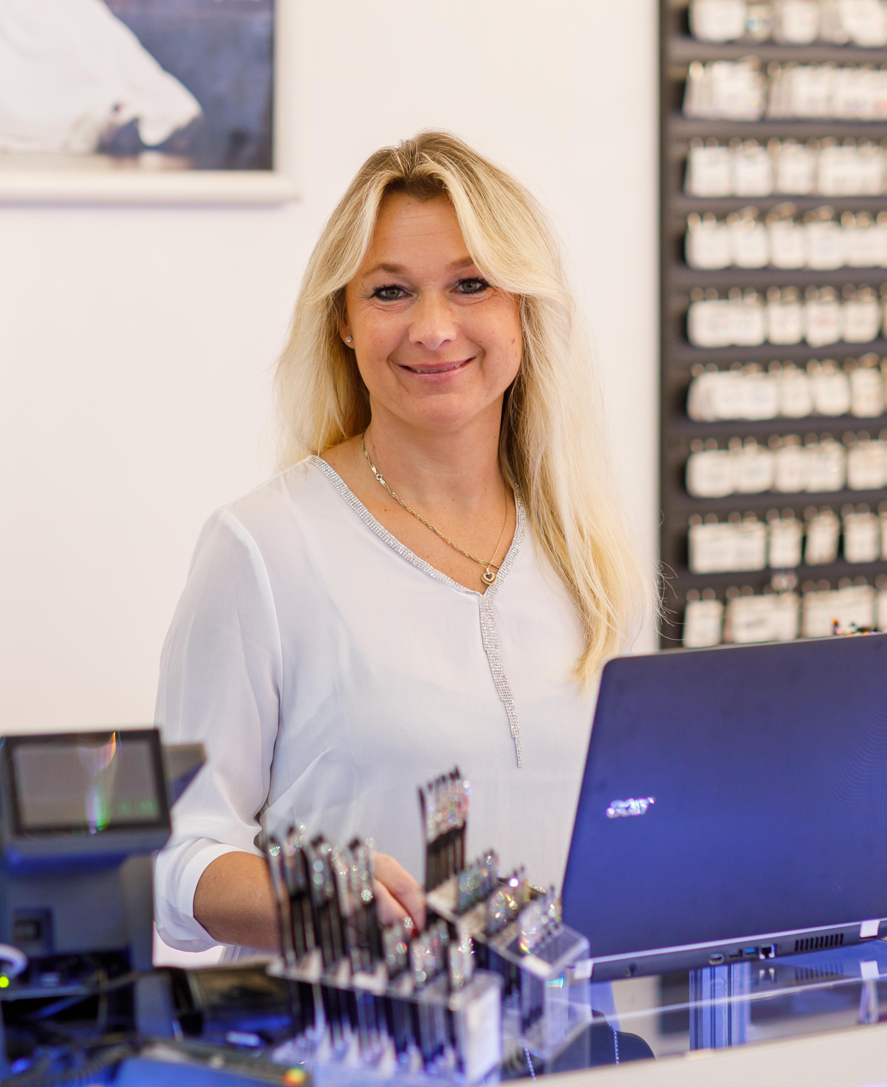 Jitka Černíková - eShop Manager