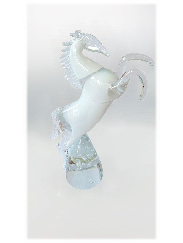 Skleněný kůň stojící - bílý