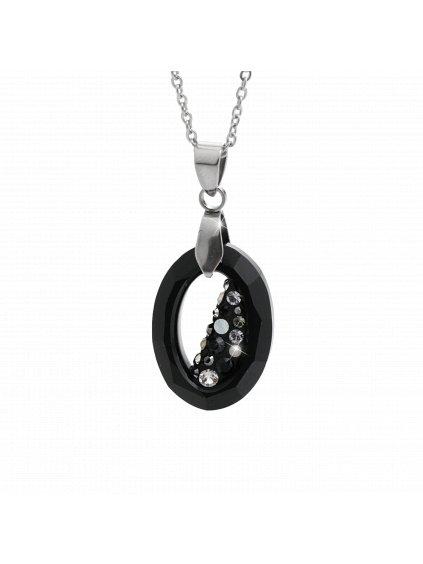 Unikání náhrdelník ve tvaru oválu, uvnitř zčásti vyplněn Swarovski kamínky v barvě Aurore Boreale. Na povrchu šperku je použito Rhodium pro lesk a záři ale také proti zčernání a je vhodný pro alergiky na stříbro.  Tento luxusní šperk Vám zabalíme do dárkové krabičky. 61300756jet