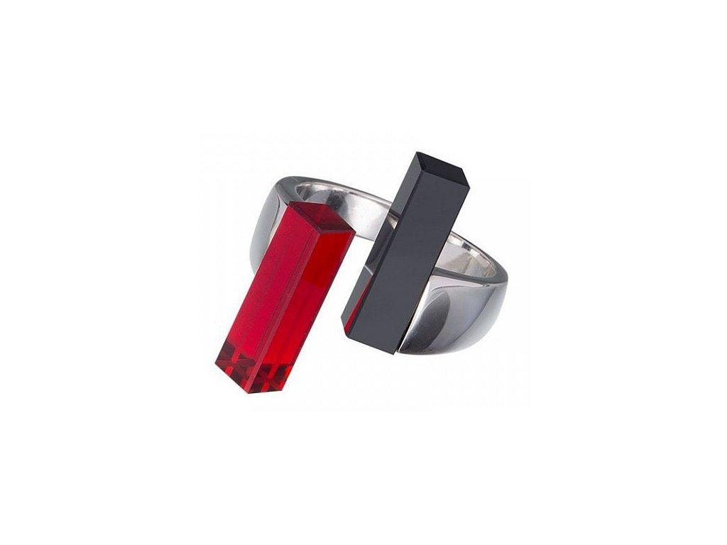 Stříbrný prsten Fresh Style v červené barvě od firmy Preciosa