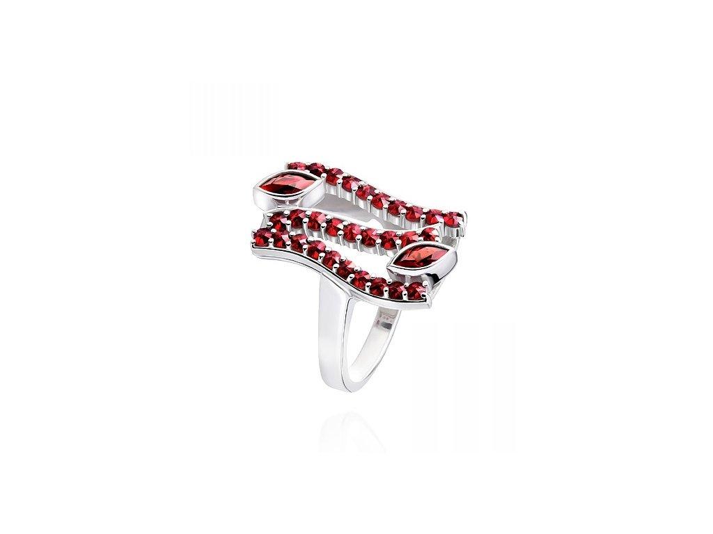 Český granát  Luxusní prsten 8