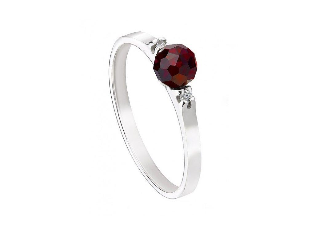 Český granát  Luxusní prsten s pravými diamanty 2